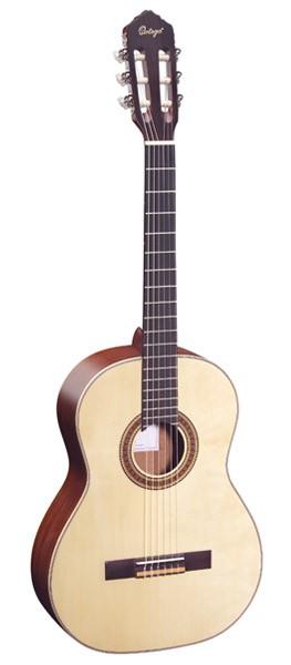 Ortega Konzertgitarre R 121