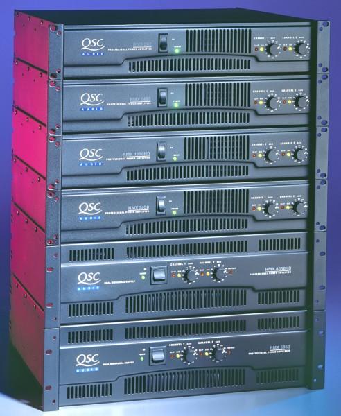 QSC RMX 4050 a Endstufe 2 x 1800 W